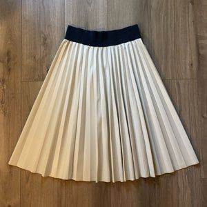 Ann Taylor Pleated Faux Leather Skirt